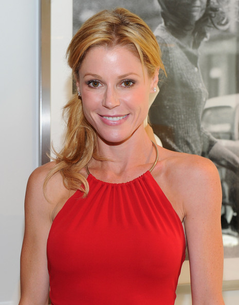Julie Bowen Hair