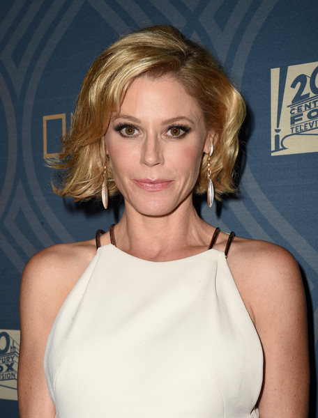 Julie Bowen Bob [hair,blond,beauty,eyebrow,human hair color,fashion model,hairstyle,chin,shoulder,layered hair,fx,julie bowen,hair,television,fox broadcasting company,national geographic,twentieth century fox television,party,red carpet,68th primetime emmy awards,julie bowen,modern family,emmy award,primetime emmy award,actor,television,academy of television arts sciences,image]