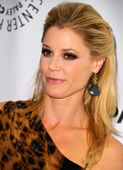 Julie Bowen Half Up Half Down