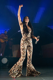 Kacey Musgraves gave us Cher vibes when she wore this leopard-print bell-bottom jumpsuit at a concert in Los Angeles.