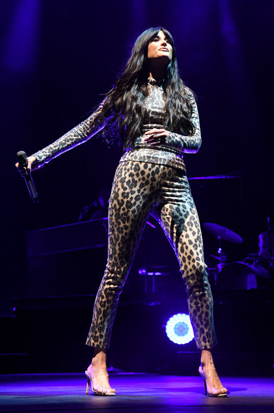 Kacey Musgraves Print Pants [kacey musgraves,performance,entertainment,stage,performing arts,music artist,public event,event,fashion,music,performance art,intersect music festival,music festival,intersect,las vegas festival grounds,las vegas,nevada]