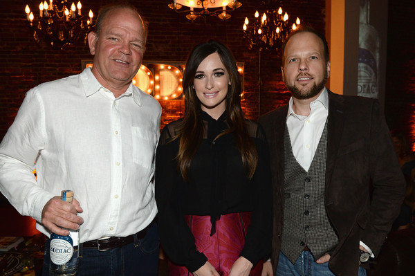 Kacey Musgraves Pussybow Blouse []