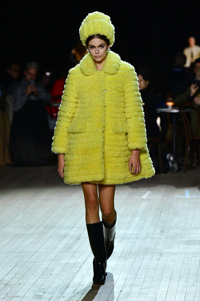 Kaia Gerber Faux Fur Coat [marc jacobs fall 2020 runway show,fashion show,fashion model,runway,fashion,clothing,fur,yellow,fashion design,outerwear,footwear,kaia gerber,marc jacobs,runway,new york city,runway show,new york fashion week]