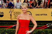 Kaley Cuoco-Sweeting Strapless Dress