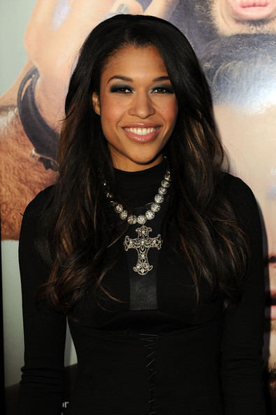 Kali Hawk Long Wavy Cut