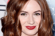 Karen Gillan Medium Wavy Cut