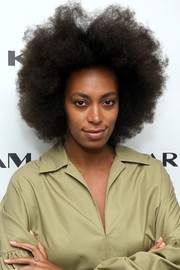 Solange Knowles attended the Karigam fashion show wearing her natural curls.