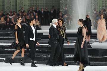 Karl Lagerfeld Baptiste Giabiconi Chanel - Runway Paris Fashion Week Spring/Summer 2011