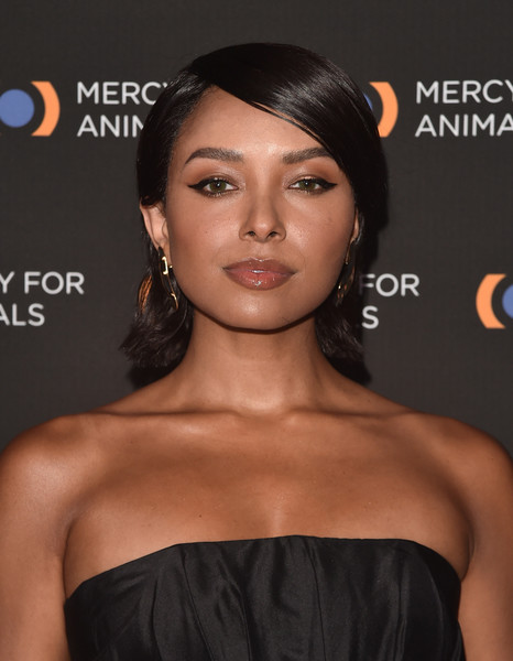 Kat Graham Short Side Part [hair,face,hairstyle,lip,skin,eyebrow,chin,shoulder,beauty,black hair,kat graham,los angeles,california,the shrine auditorium,mercy for animals 20th anniversary gala - arrivals,mercy for animals 20th anniversary gala]