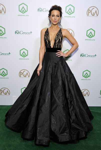 Kate Beckinsale Evening Dress [dress,clothing,carpet,red carpet,gown,green,shoulder,fashion model,flooring,fashion,kate beckinsale,greenslate,greenslate is proud,beverly hills,california,the beverly hilton hotel,annual producers guild awards]
