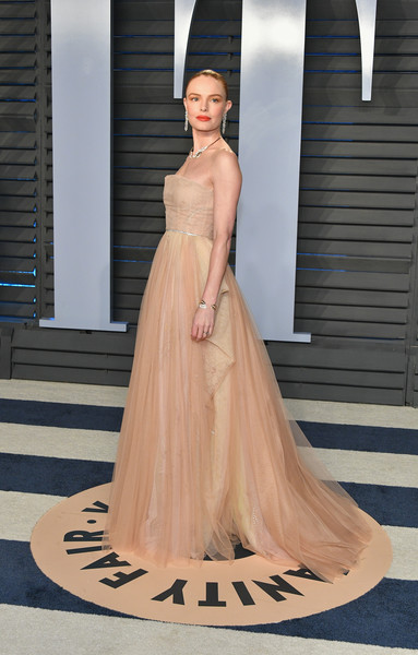 Kate Bosworth Strapless Dress [oscar party,vanity fair,gown,fashion model,dress,beauty,shoulder,flooring,fashion show,cocktail dress,fashion,haute couture,beverly hills,california,wallis annenberg center for the performing arts,radhika jones - arrivals,radhika jones,kate bosworth]