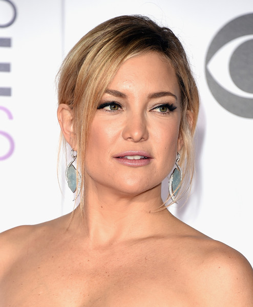 Kate Hudson Loose Bun