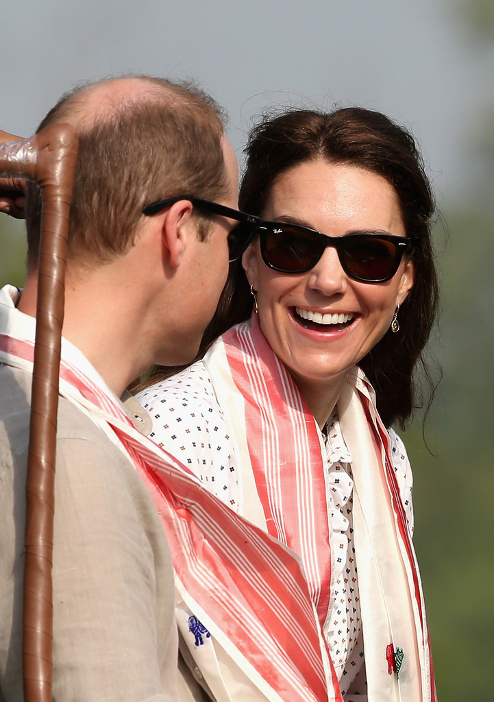 Kate Middleton Sunglasses Looks Stylebistro