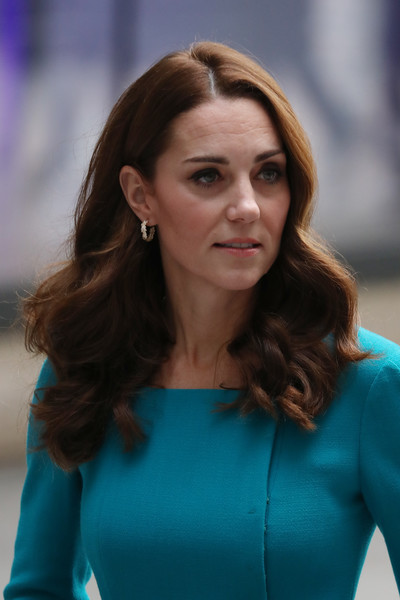 Kate Middleton Diamond Hoops [hair,face,hairstyle,beauty,lady,brown hair,long hair,electric blue,blond,smile,prince william,catherine,duchess,cambridge,england,london,broadcasting house,bbc,duke,visit]