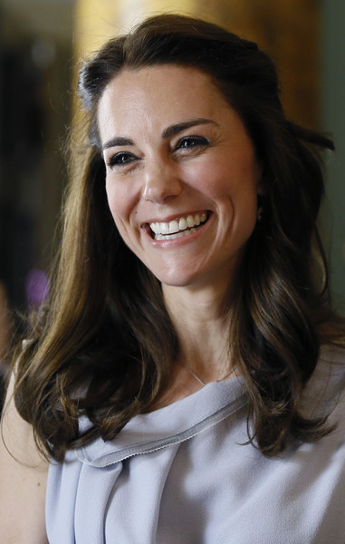kate middleton half up half down updos lookbook