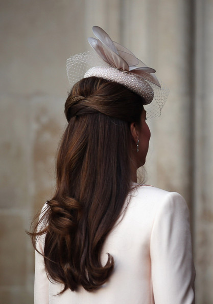 kate middleton half up half down kate middleton looks