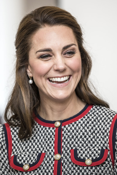 Kate Middleton Half Up Half Down [photo,hair,smile,tooth,catherine,pound extension,duchess,new v a exhibition road quarter,britain,cambridge,duchess of cambridge,visits,visit]