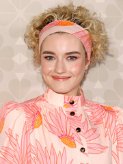 Julia Garner looked adorable with her short curls, complete with a headband that matched her outfit, at the Kate Spade fashion show.
