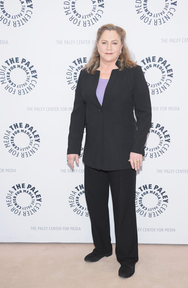 Kathleen Turner Clothes