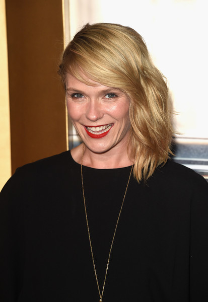Katie Aselton Medium Wavy Cut [episodes,mad men,episodes,hair,face,blond,hairstyle,beauty,eyebrow,chin,lip,forehead,smile,arrivals,katie aselton,dorothy chandler pavilion,amc celebrates the final,the black red ball,amc,celebration]