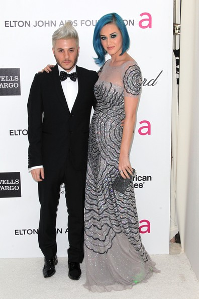 Katy Perry Box Clutch [clothing,dress,carpet,fashion,red carpet,formal wear,hairstyle,suit,gown,shoulder,arrivals,singers,katy perry,ferras,west hollywood park,california,elton john aids foundation,oscar viewing party]