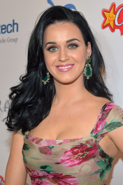 Katy Perry Dangling Gemstone Earrings [hair,hairstyle,human hair color,beauty,eyebrow,black hair,long hair,fashion model,hair coloring,brown hair,katy perry,adults,families,honoree,wishes,bacara resport and spa,california,dream foundation,dream foundation celebration of dreams,dream foundation celebration of dreams]