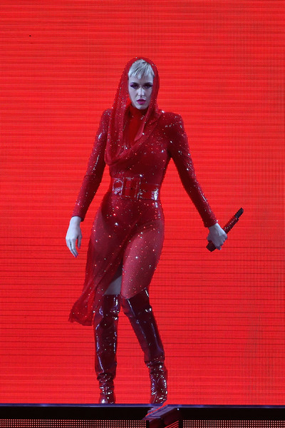 Katy Perry Beaded Dress [katy perry,witness: the tour,performance,latex clothing,latex,costume,fictional character,performing arts,action figure,cosplay,performance art,gila river arena,stop,arizona,glendale]