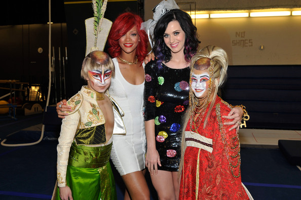 Katy Perry Sequin Dress [rihanna backstage at ka,fashion,costume,event,fashion design,cosplay,dress,fictional character,fashion accessory,cheri haight,jennifer haight,singers,rihanna,katy perry,l-r,ka,casino,cirque du soleil]