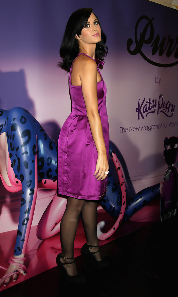 Katy Perry Evening Pumps Katy Perry Shoes Looks Stylebistro