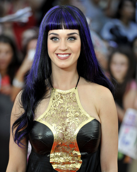 Katy Perry Long Wavy Cut with Bangs [muchmusic video awards,hair,hairstyle,long hair,beauty,black hair,fashion,hair coloring,fashion model,trunk,event,arrivals,katy perry,toronto,canada,muchmusic hq]