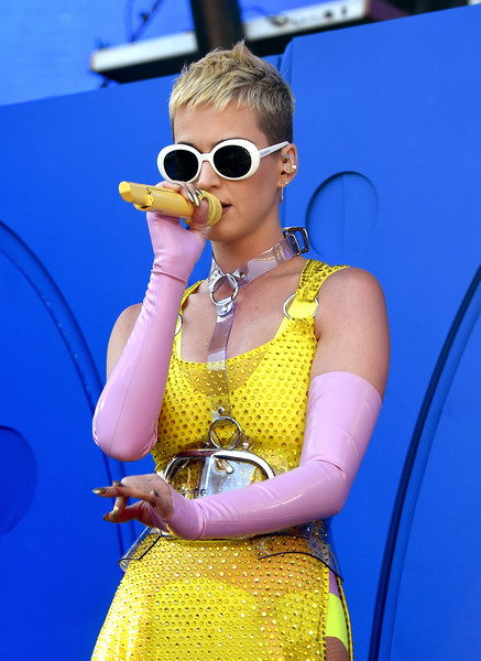 Katy Perry Oval Sunglasses [performance,eyewear,yellow,singer,music artist,singing,sunglasses,performing arts,musician,fashion,katy perry,carson,california,stubhub center,kiis fm,wango tango - show]