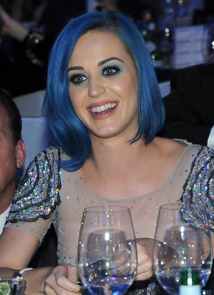 Katy Perry Mid-Length Bob [elton john aids foundation academy awards viewing party,katy perry,hair,water,lady,drink,fun,smile,stemware,glass,event,wine glass,beverly hills,california,west hollywood park,the city]