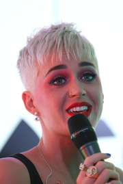 Katy Perry rocked an edgy pixie while visiting Kiss FM in London.