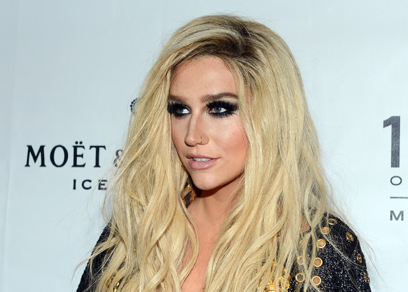More Pics of Kesha Long Wavy Cut (1 of 26) - Kesha Lookbook - StyleBistro
