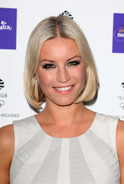 Denise van Outen looked pretty and chic with her platinum blonde bob.