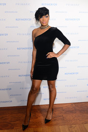 Keke Palmer looked va-va-voom in a clingy black one-shoulder dress while hosting the Club Primania event.