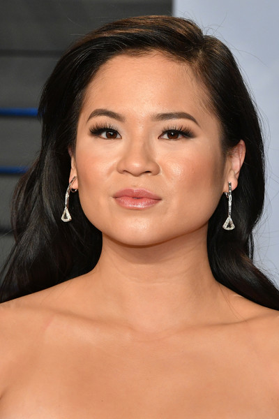 Kelly Marie Tran Long Side Part [oscar party,vanity fair,hair,face,eyebrow,hairstyle,chin,lip,skin,forehead,beauty,cheek,california,beverly hills,wallis annenberg center for the performing arts,radhika jones - arrivals,radhika jones,kelly marie tran]