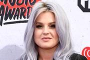 Kelly Osbourne Long Wavy Cut