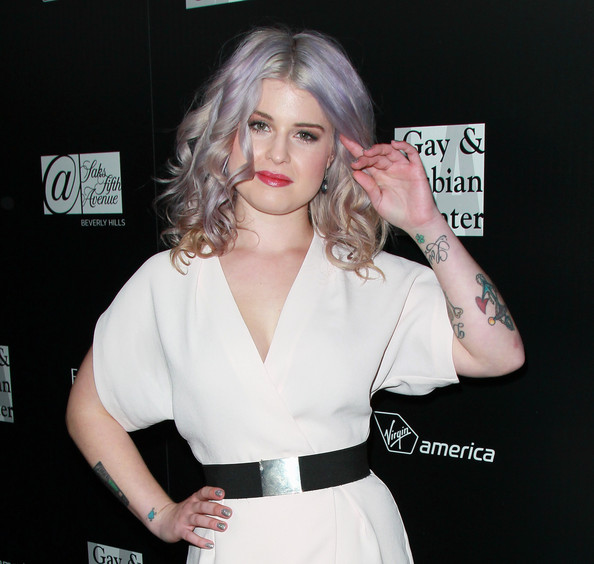 Kelly Osbourne Glitter Nail Polish [hair,beauty,arm,hairstyle,dress,blond,premiere,carpet,neck,smile,kelly osbourne,arrivals,homeless youth services,sunset tower,west hollywood,california,l.a. gay lesbian center,homeless youth services,evening,an evening]