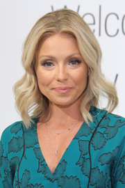 Kelly Ripa showed off perfectly sweet waves during the launch of her Home Collection for Macy's.