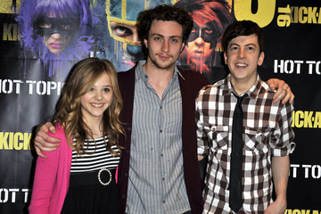 "Christopher Mintz-Plasse Chloe Grace Moretz ""Kick-Ass"" Cast Meet And Greet Fan Event At Hot Topic"