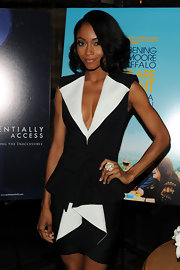 Yaya DaCosta showed off her model figure in a black and white suit and cocktail ring.