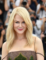 Nicole Kidman looked simply lovely with her barely-there waves at the Cannes Film Festival photocall for 'The Killing of a Sacred Deer.'