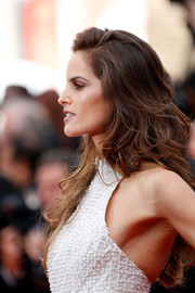 Izabel Goulart wore her long waves loose when she attended the Cannes Film Festival premiere of 'The Killing of a Sacred Deer.'