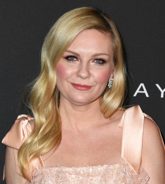 Kirsten Dunst Long Wavy Cut [hair,face,blond,hairstyle,eyebrow,chin,lip,beauty,shoulder,layered hair,arrivals,kirsten dunst,instyle awards,the getty center,los angeles,california]