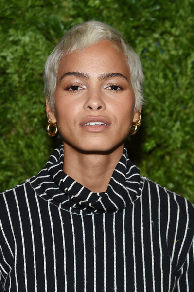 Kota Eberhardt Pixie [hair,face,hairstyle,forehead,official,photography,black hair,portrait,smile,style,kota eberhardt,vogue fashion fund 2019 awards,new york city,cipriani south street,cfda]