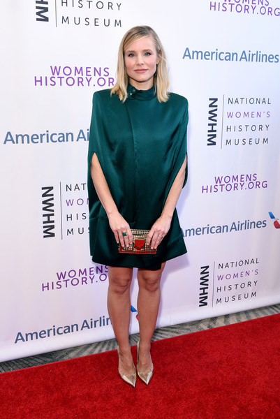 Kristen Bell Shoulder Pad Dress [red carpet,clothing,carpet,premiere,fashion,cocktail dress,flooring,dress,footwear,magenta,beverly hills,california,the beverly hilton hotel,national womens history museums 7th annual women making history awards,kristen bell]