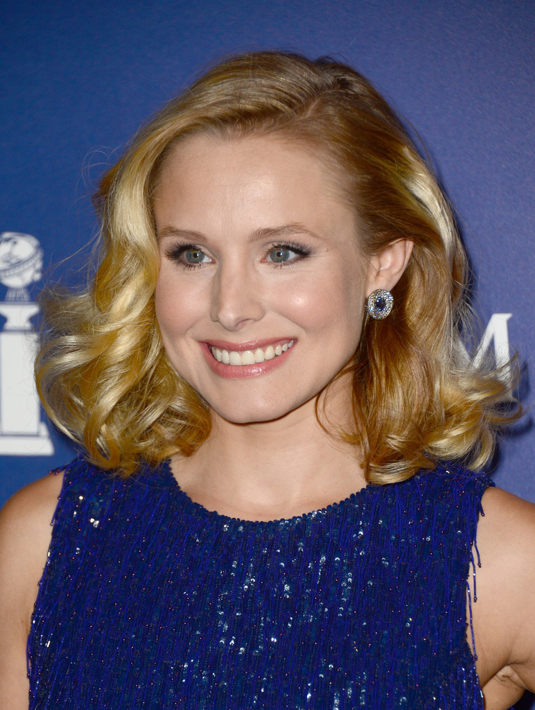 Kristen Bell Medium Curls Shoulder Length Hairstyles