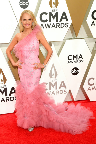 Kristin Chenoweth One Shoulder Dress [red carpet,dress,carpet,clothing,gown,pink,flooring,fashion,fashion model,shoulder,arrivals,kristin chenoweth,cma awards,nashville,tennessee,music city center]