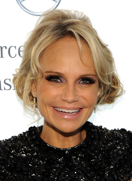 Kristin Chenoweth Bright Eyeshadow